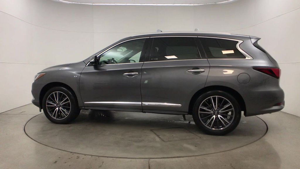 Pre-Owned 2016 INFINITI QX60 FWD 4dr
