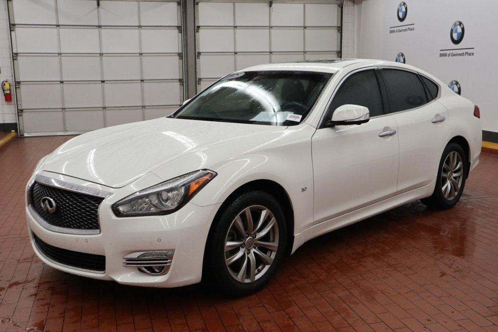 Pre-Owned 2015 INFINITI Q70 3.7 RWD 4dr Sedan